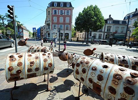 Les oeuvres s'exposent à ciel ouvert dans les rues de Mulhouse