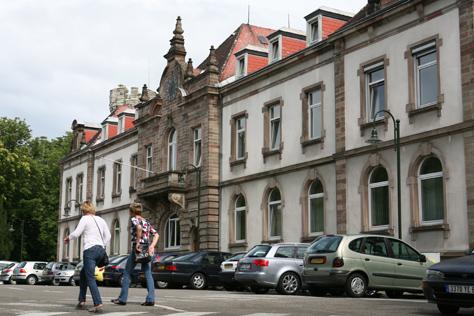 etablissement hospitalier mulhouse liste h pitaux ville de mulhouse. Black Bedroom Furniture Sets. Home Design Ideas